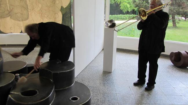 Klang-Erkundung der Arbeit von Jörg Bach
