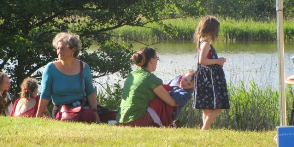 Sommernachmittag mit vielen Kindern