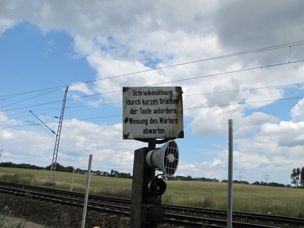 Bahnübergang in Guest